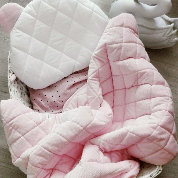 Velvet pikowany z poduszką Miś – pinky