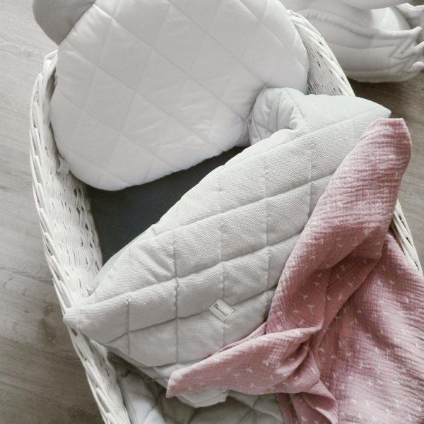 Velvet pikowany z poduszką Miś – silver